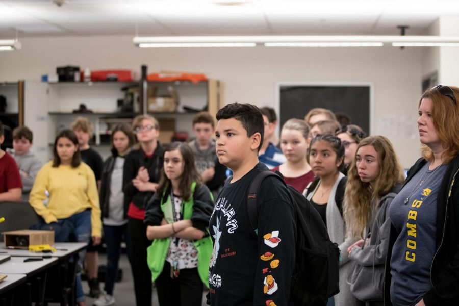 CMS+Eighth+Graders+take+guided+tours+from+members+of+student+council.+